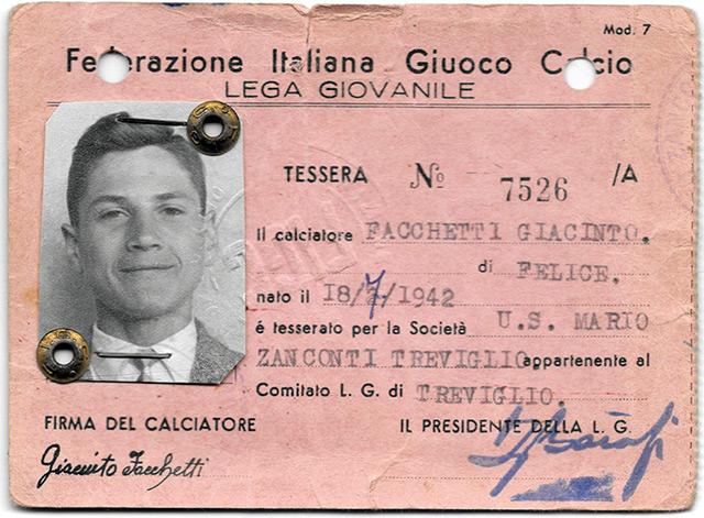 Il primo cartellino di Giacinto Facchetti