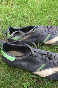 Scarpe da calcio, un po' Tepa Sport un po' Adidas